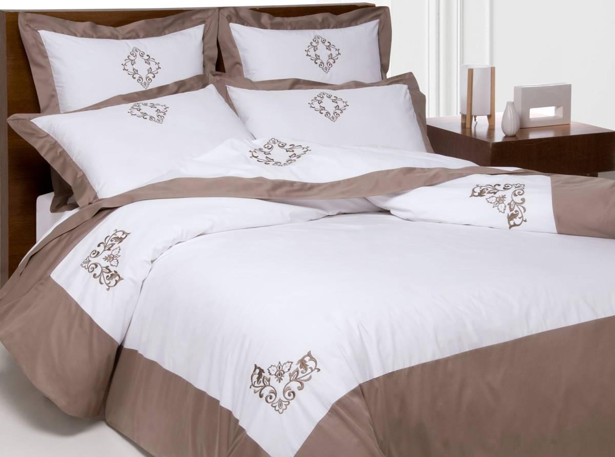 parure brod e satin de coton et percale. Black Bedroom Furniture Sets. Home Design Ideas